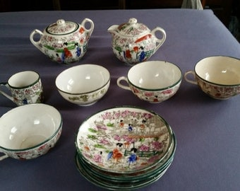 geisha girl teacups set