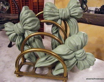 Wall decor 1950's plastic ruffle bows 3 sizes green
