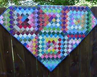 Quilted wall hanging-Patchwork table topper Quilted lap quilt cotton quilt handmade Ready to ship