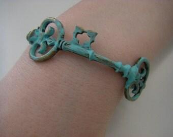 Skeleton Key Bracelet Bangle Bracelet verdigris shabby chic