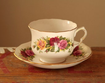 Old English Rose vintage tea cup and saucer set with yellow, pink and red roses - English bone china teacup - british tea - rustic style uk
