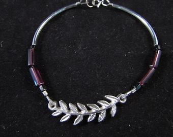 Noodle bead bracelet, purple hand beaded bracelet, hand beaded bracelet, purple and silver bracelet, Hand beaded noodle bead bracelet