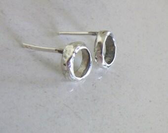 Small Silver stud earrings - Rustic style earrings