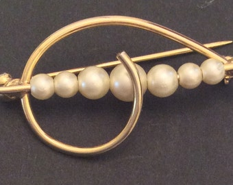 CHRISTMAS Holiday Sale, Pearl Modernist Brooch Vintage Jewelry, Gift for Her
