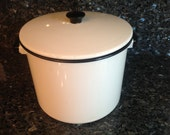 Large POT White and Black Enamel Ware Pot GREAT Condition
