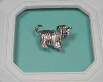 Signed 70s Sarah Coventry Figural Dog Brooch