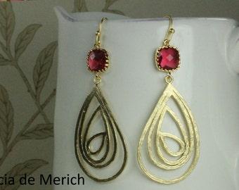 Ruby Pink Gold Swirl Teardrop Filigree Earrings Ruby Pink Glass Earrings Gold Dangle Earrings Boho Bohemian Earrings Modern Jewelry