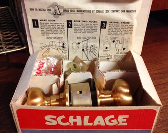 1980s Schlage Heavy-Duty New Old Stock Plymouth Brass Door Knob with 2 Keys - Never Used