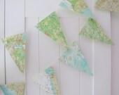 Map Bunting, Vintage Atlas Bunting 5ft ,Map Decor,Wedding Bunting,Wedding Garland,Bridal Shower,Photo Prop,Bon Voyage Party