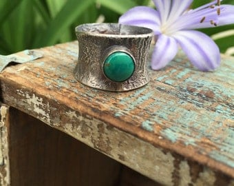 Reticulated turquoise ring