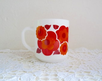 Vintage ARCOPAL RETRO MUG, White Milk Glass with Pop Flower Pattern, Orange/ Red Lotus Motif.