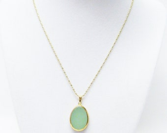 Small Green Polished Onyx Teardrop Pendant Necklace