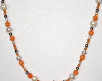 20-Inch Tangerine Jade & FRW Pearl Necklace