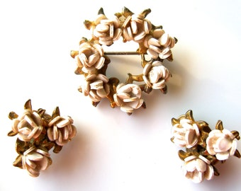 Vintage Victorian-style Brooch and Earrings Set - Costume Jewelry, White Enamel and Gold-tone Metal, Floral Wreath Brooch and Earrings