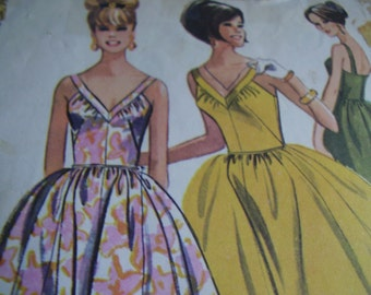 Vintage 1960's McCall's 7208 Dress Sewing Pattern, Size 12, Bust 32