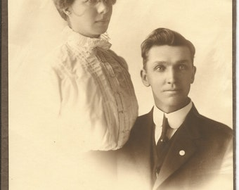 Antique 1900  Photograph Of Married Couple