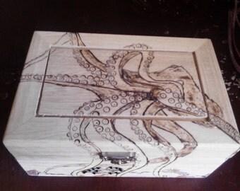 Jewelry Box, Octopus Waits