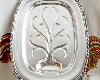 Rare silver plate meat platter...Wallace silver plate meat tray…N6724.