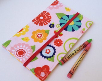 Crayon wallet, flowers and yellow polka dots.Pad included, holds 8 crayons, 4 3/4x7inch. Kids gift,girls crayon case, ready to ship.