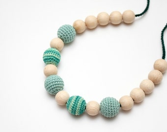 Mint Green Crochet Nursing Necklace - Breastfeeding Teething toy - Baby Shower Gift - Babywearing necklace