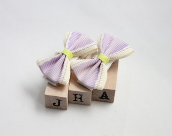 Baby girl hair clips - pale purple bow
