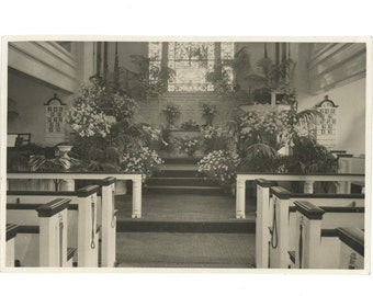 Church Interior w/Easter Flowers Display c1940s? 10x6 Vintage Photo [56342O/S]