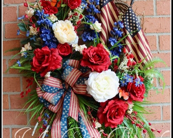 MADE To ORDER Large Americana Patriotic Wreath, Summer Rose Garden Wreath, 4th July wreath, tea-stained flag, Memorial Day, Elegant Floral