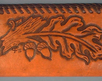 Beautiful Oak Leaf Tooled Leather Business Card Case - L094
