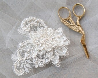 Lace Hairpiece Wedding Hair Comb Ivory French Lace Hair Comb Vintage Style Wedding Headpiece Lace Hair Comb Bridal Hair Accessories