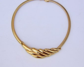 Moden Gold Necklace - Vintage Gold Tone Necklace - Gift