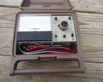 Heathkit Voltmeter w/case