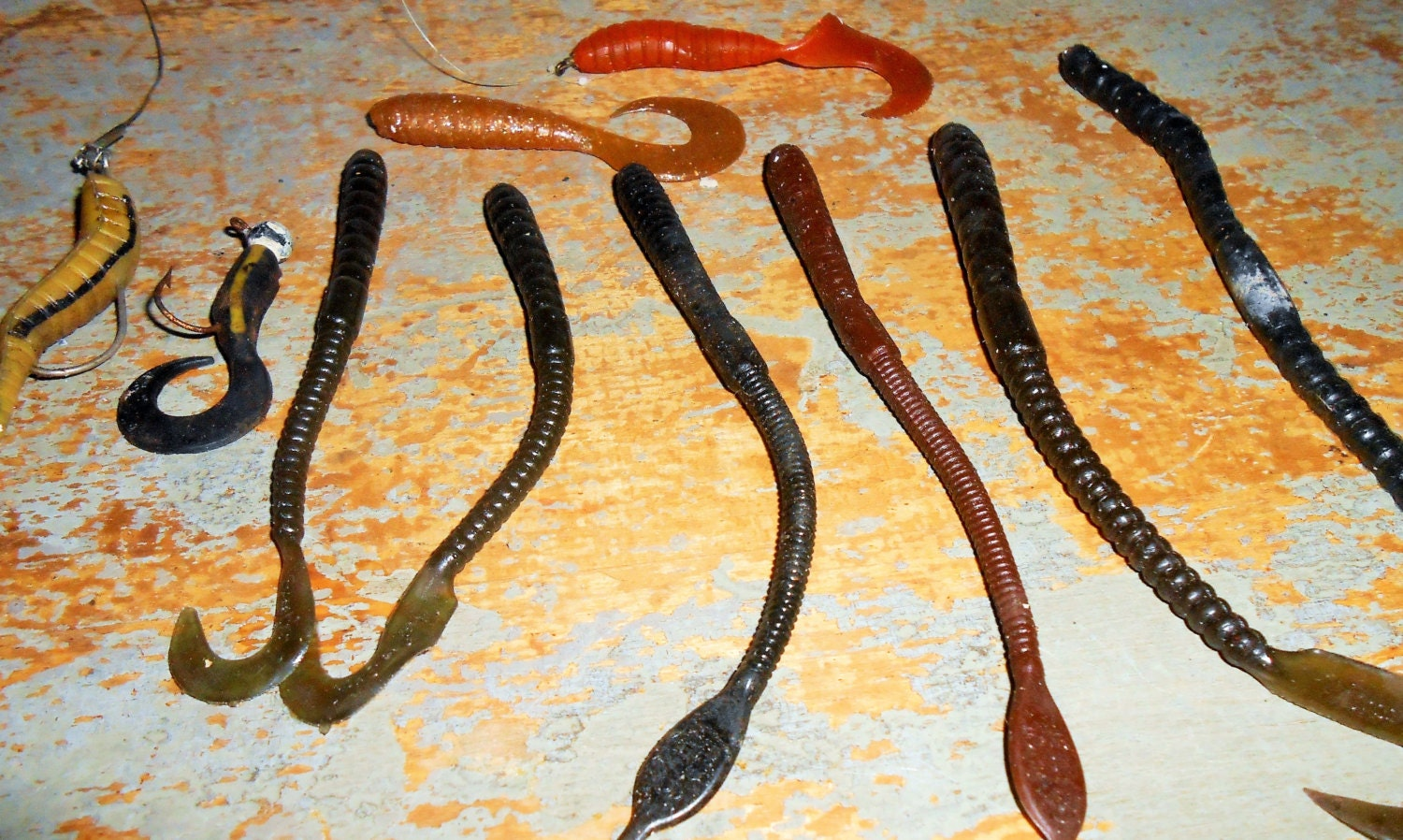 Vintage fishing lures soft plastic worms fishing gear for Vintage fishing tackle