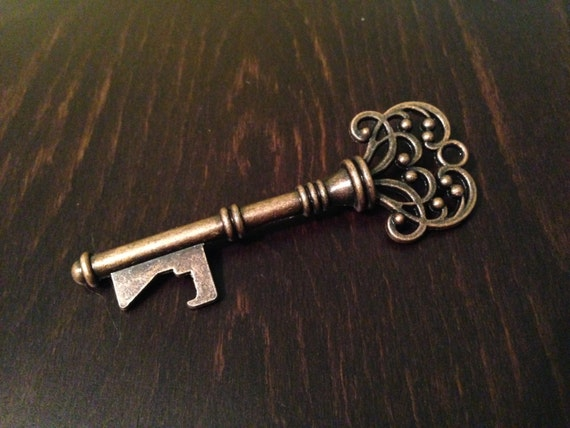 125 skeleton key bottle openers antique key by cuttingedgecouture. Black Bedroom Furniture Sets. Home Design Ideas