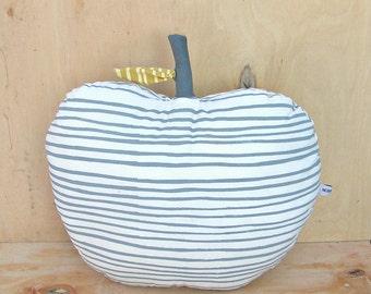 Large apple Grey/ milk striped
