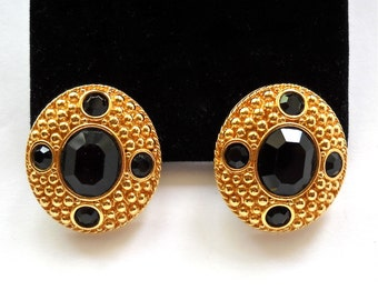SWAROVSKI  Black Crystal Glass Cabochon Vintage Pierced Earrings  SWAN Trademark