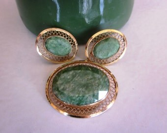 Vintage Danecraft 12K Gold Filled Green Stone Brooch and Green Stone Screw Back Earrings Set, 1950's Vintage Set, Anniversary , Bridal