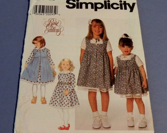 Simplicity 7634  Dress and Pinafore Pattern Uncut