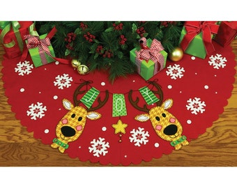 Reindeer Joy Tree Skirt Felt Applique Kit