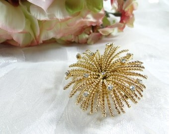 Unique Gold Tone Twisted Rope Strand Spray Gold Tone Brooch with Rhinestone Accents - Lovely Classic Elegant Brooch Pin