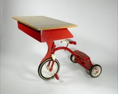 EDDIE'S Tricycle Children's Desk