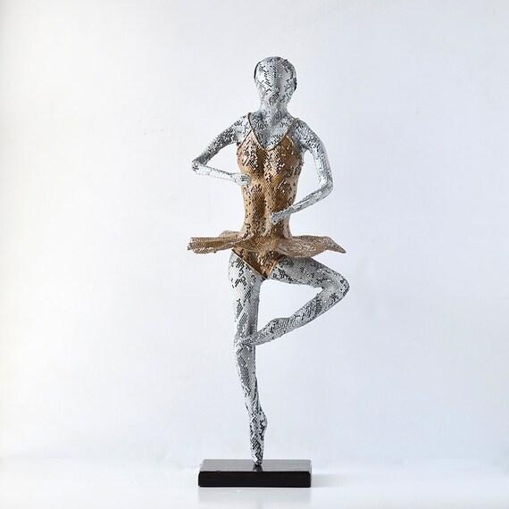 Metal sculpture, Ballet dancer Sculpture, Metal Wire Mesh, home decor, Handmade metal art, living room art, housewarming gift