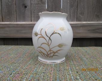 Lefton China Vase-Wheat pattern