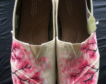Cherry blossom tree toms