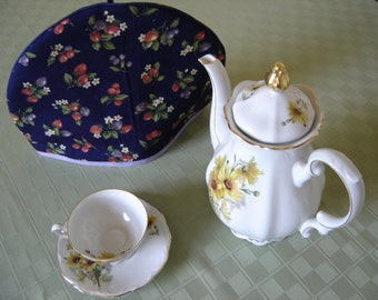 Berry Print Tea Cozy