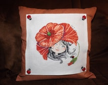 Cushion Hat poppy - handmade in counted point embroidery