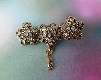 vintage brooch pin costume jewelry rhinestone