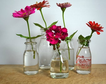 5 Vintage Pint / Half Pint Glass Milk Bottles from Dairies: City, Wisconsin, Michigan Quality, etc.   Five mixed 1950s Glass Vessels / Vases