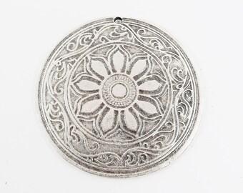 1 Large Round Ethnic Mandala Patterned Pendants - Matte Antique Silver Plated
