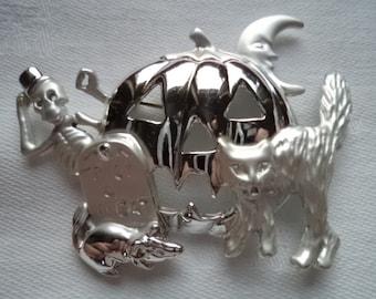 Vintage Signed AJC Silvertone/Matt Cat/Pumpkin/Skeleton/Moon/Mouse Brooch/Pin