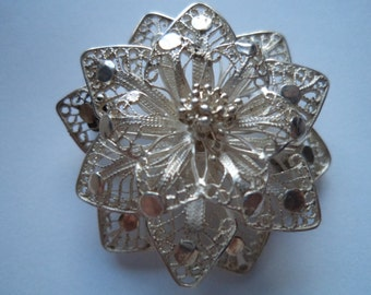 Vintage Silver Filigree Flower Brooch/Pin